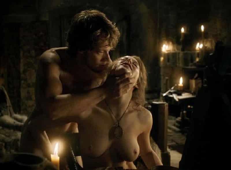 cenas de sexo e nudez GOT