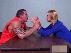 comendo a advogada pelada a força