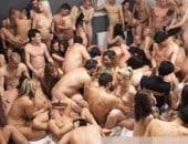 100 Pessoas transando em mega suruba