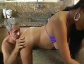 Turista gringo fudendo puta brasileira na pousada