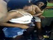 Caiu na net novinhas em putaria no baile funk carioca