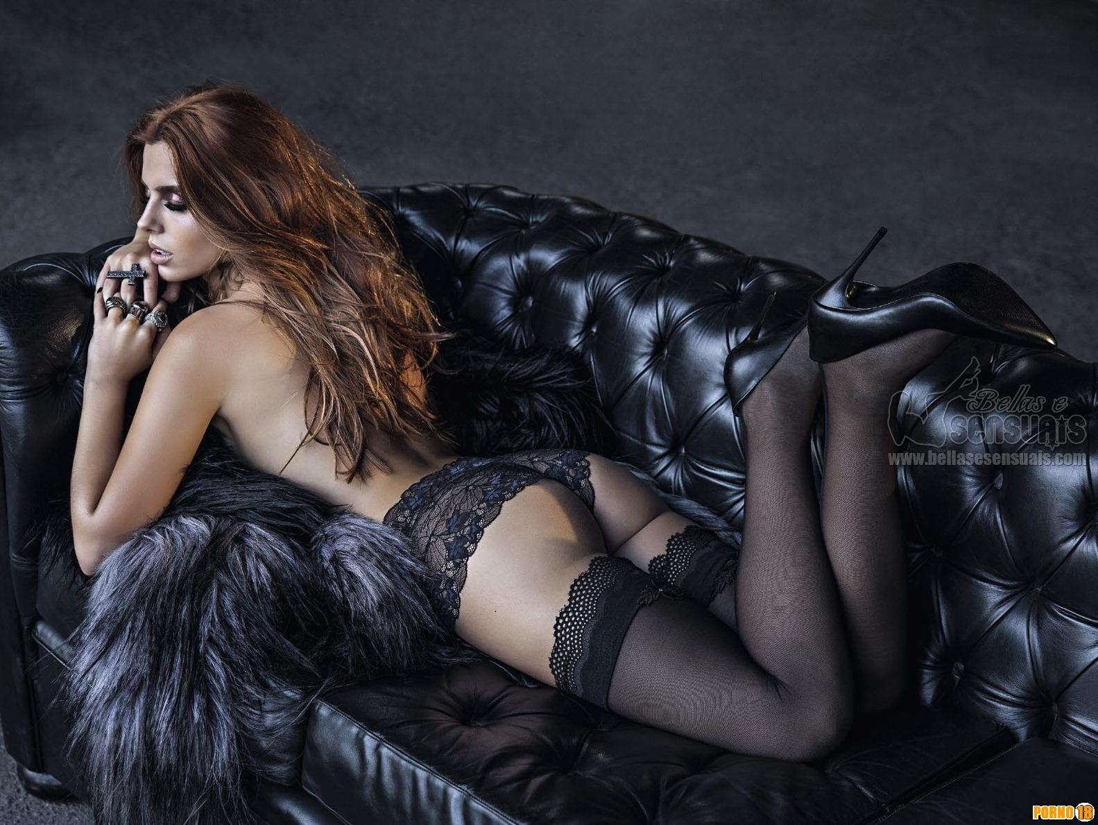 Giovanna Lancellotti de calcinha