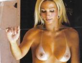 Valesca Popozuda pelada na favela, fotos e vídeo nua